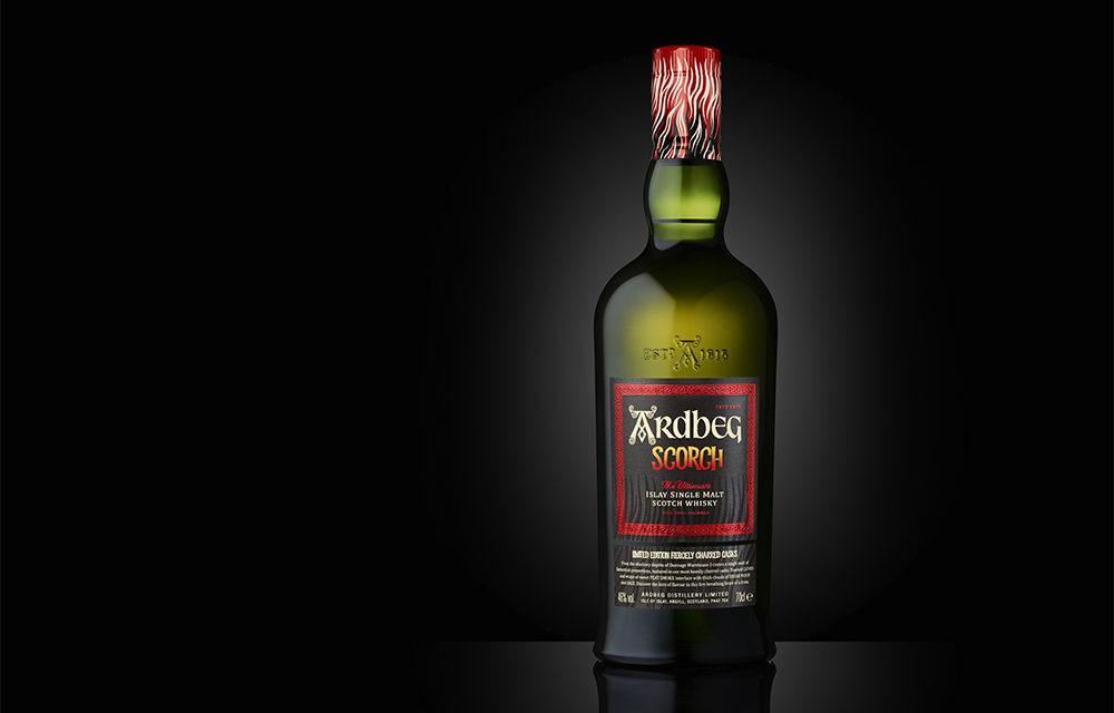 Limitovaná edice whisky Ardbeg Scorch
